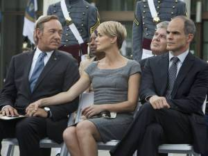 Kevin Spacey, Robin Wright y Michael Kelly son los principales protagonistas de 'House of cards'.
