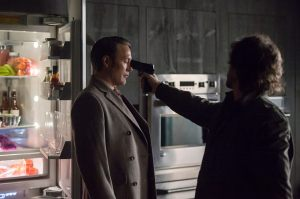 Mads Mikkelsen da vida a 'Hannibal' en la espléndida segunda temporada.
