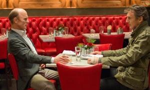 Ed Harris y Liam Neeson, dos amigos enfrentados en 'Una noche para sobrevivir'.